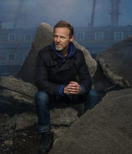 Jo Nesbø; polisiyenin rock starı…