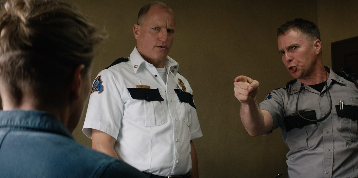 Woody Harrelson, Three Billboardsda başrolleri Sam Rockwell ve Frances McDormand ile paylaşıyor...