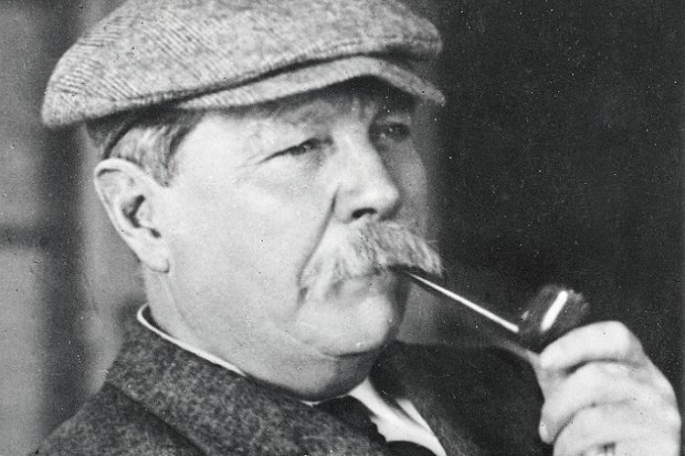 Sherlock Holmes'ün yaratıcısı Sir Arthur Conan Doyle